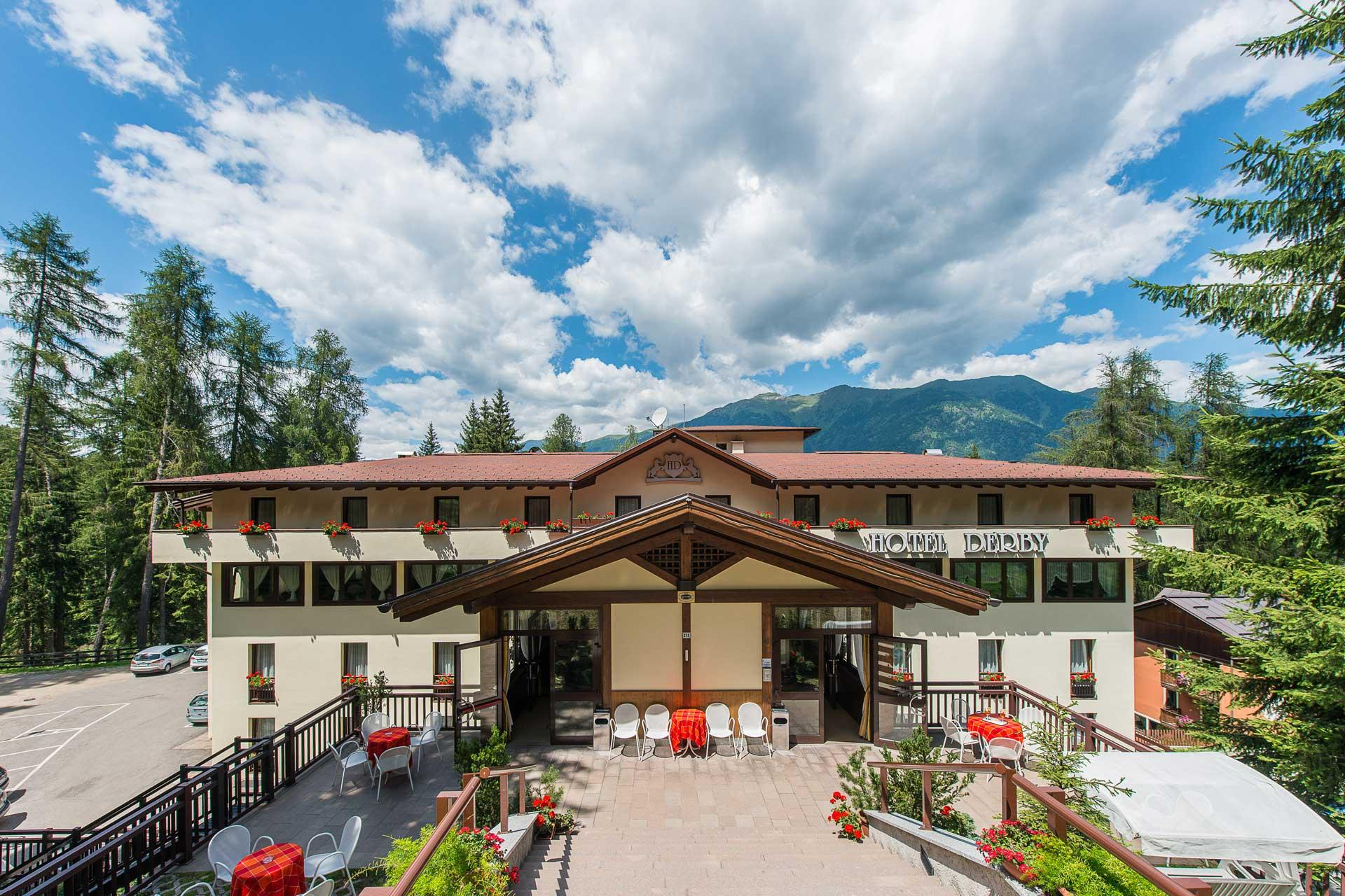 Hotel hotel derby dimaro folgarida val di sole hotel 3 for Derby hotels